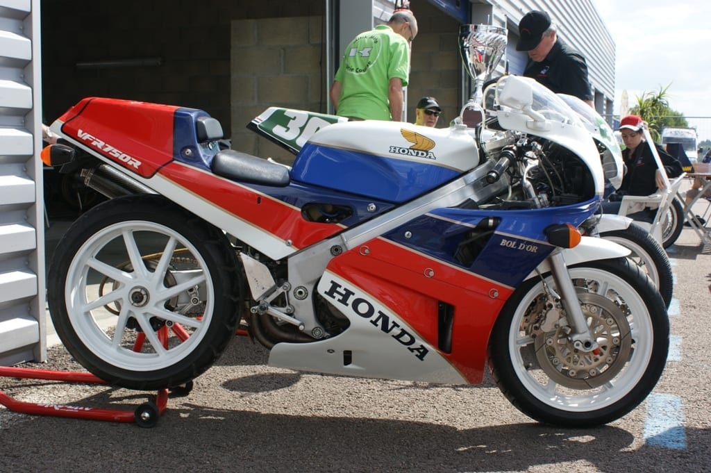 Honda VFR750R RC30 was one of the greatest motorcycles of the 80s